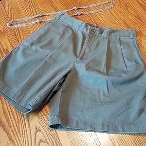 Ladies Dockers shorts NWT